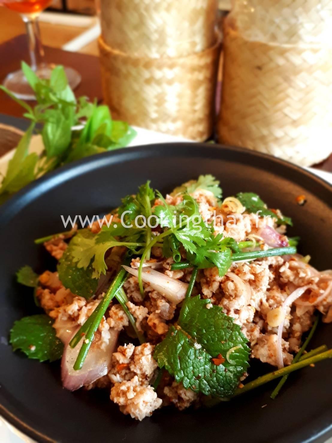"""""""LARB MOO""""  Salade de porc épicé du Nord-Est de la Thaïlande."""